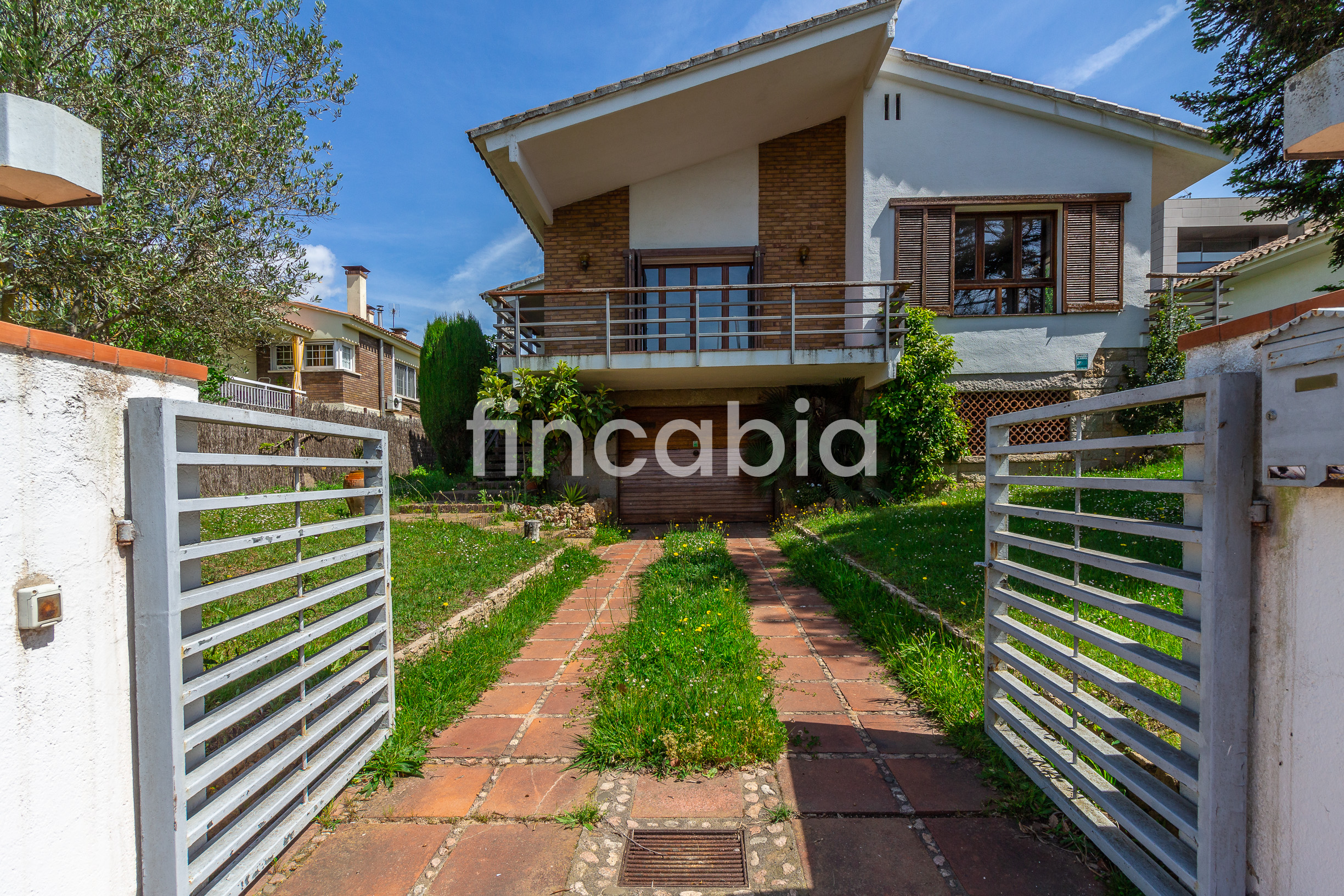 Detached house with garden for sale in Santa Coloma de Farners